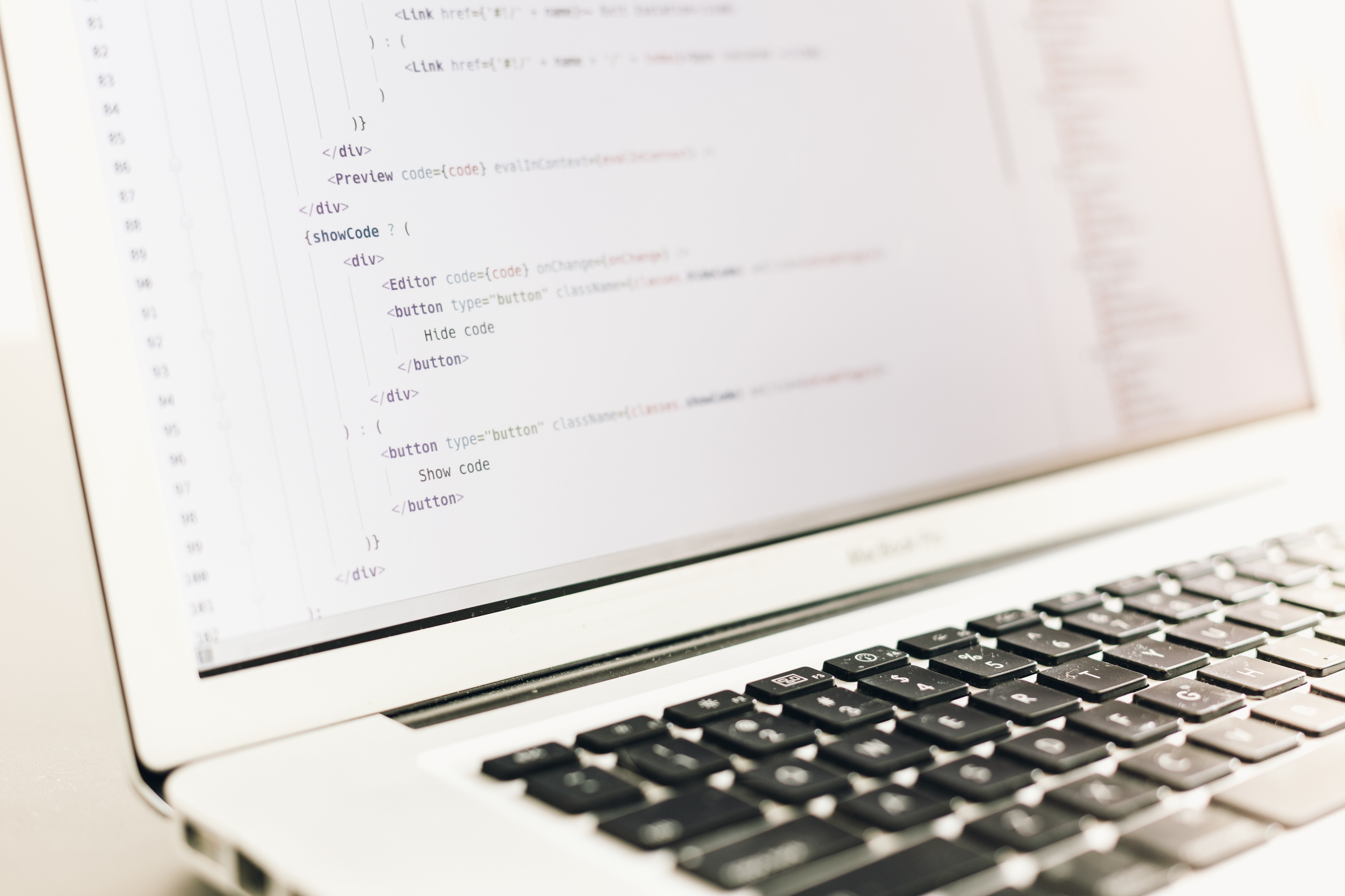 programiranje php na macbook laptopu